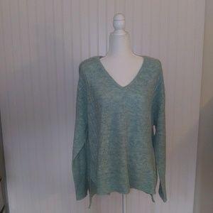 Elle V neck knit sweater. Size XL. Seagrass